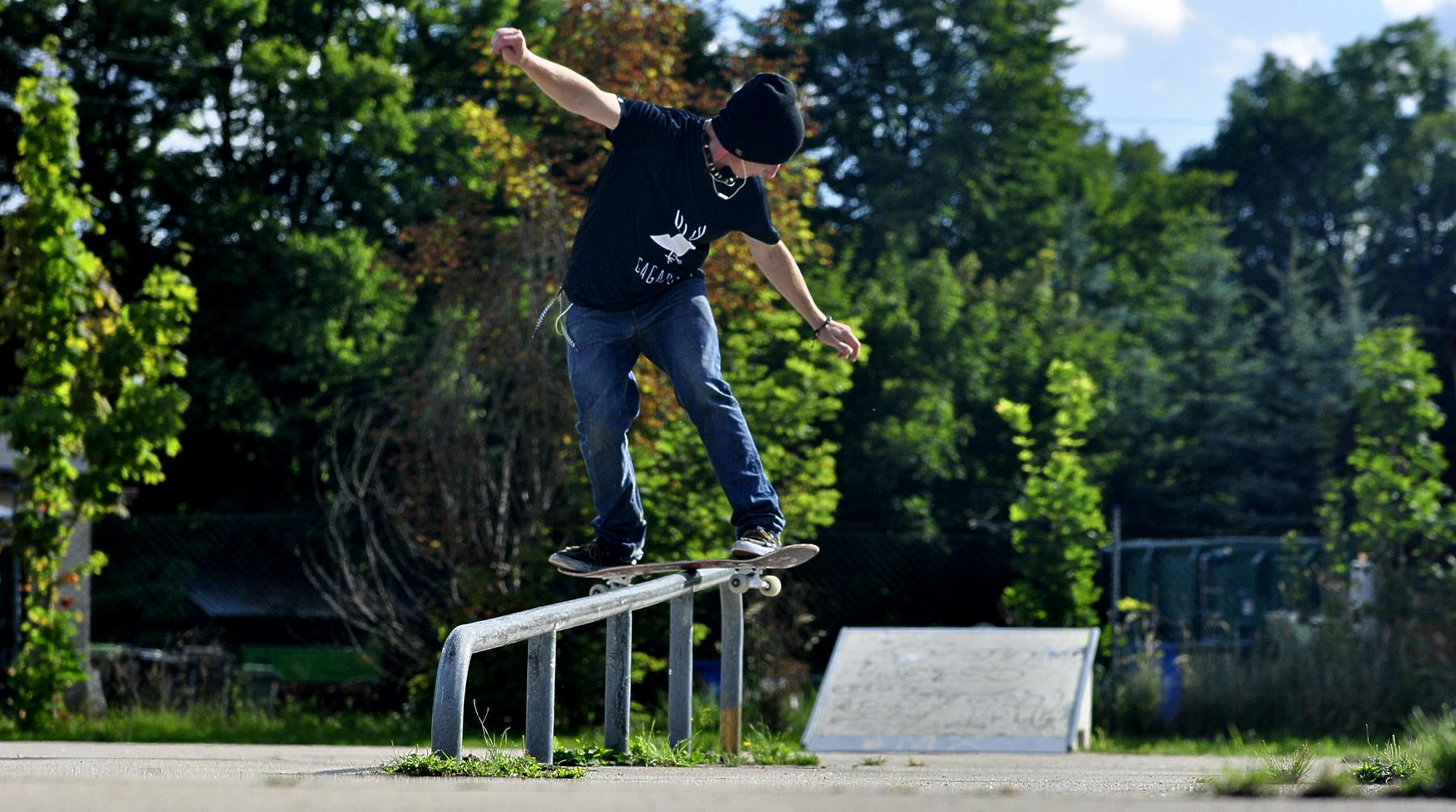 fs-board-up-the-rail
